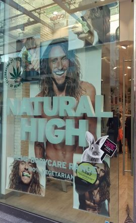 The Body Shop - Hemp Window with Lettering